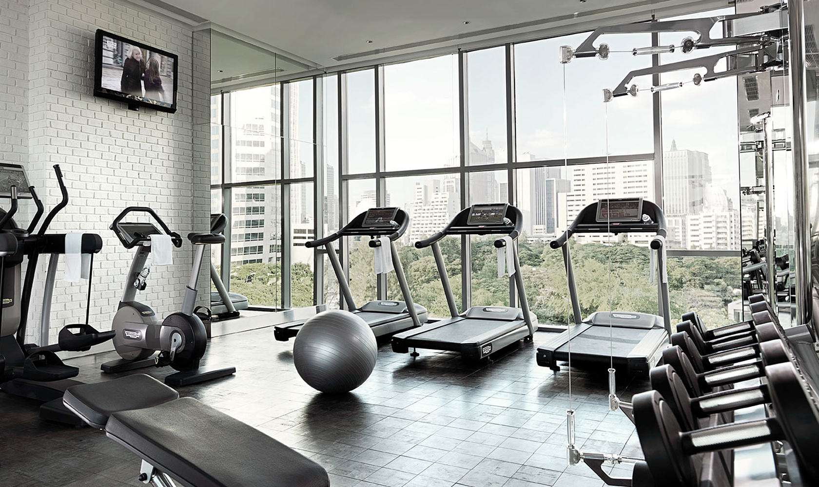 One Bedroom Fitness Centre Oriental Residence Bangkok